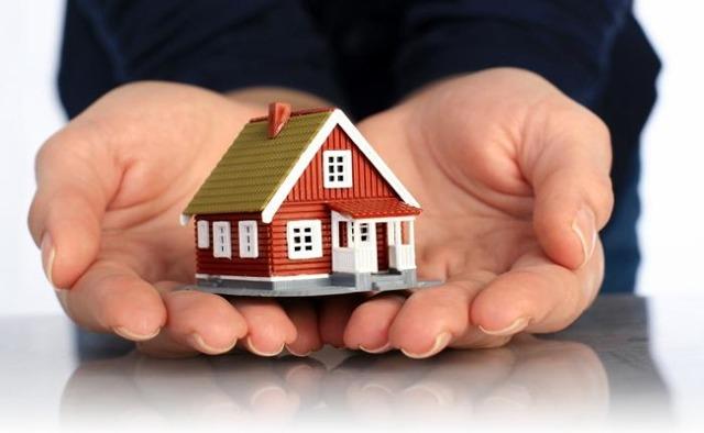 Налог на дарение квартиры – когда нужно платить, а когда без него можно обойтись{q}