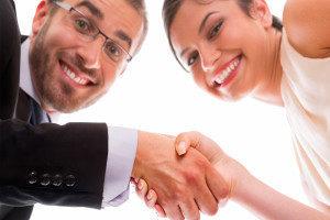 Как подарить квартиру жене: особенности оформления и альтернативные варианты