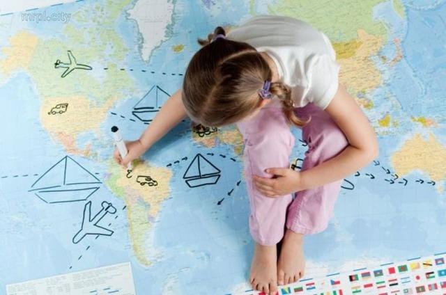 Сколько стоит оформить доверенность на ребенка при выезде из России?