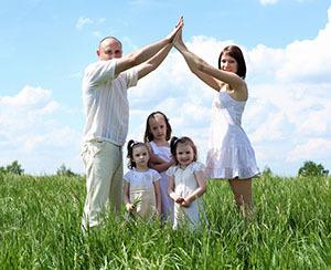 Что говорит закон о предоставлении участка земли многодетным семьям и как добиться его выполнения?