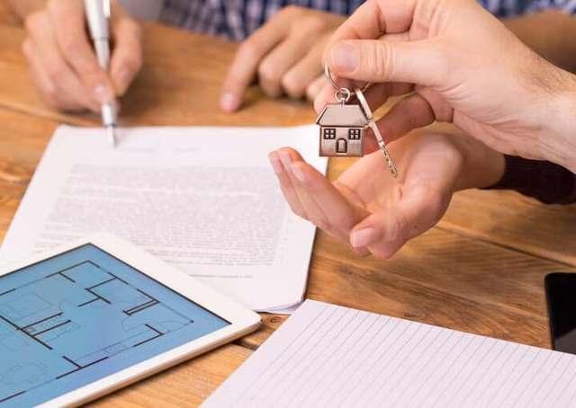 Можно ли продать квартиру по доверенности, какие меры предосторожности следует предпринять