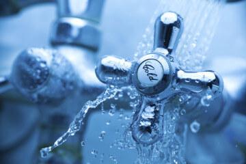Куда жаловаться на водоканал за отключение воды или ее низкое качество