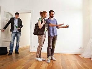 Как выгодно продать дом с участком: различные варианты заключения сделки и нюансы быстрой продажи дома