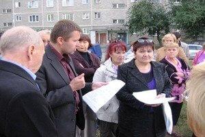 Деятельность, права и обязанности старшего по подъезду в многоквартирных домах РФ – разбираемся в законах