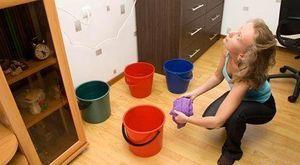 Что делать, если залил соседей снизу: порядок действий и все нюансы неприятной ситуации