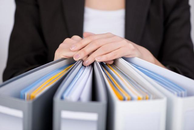 Вопросы права: какие договоры подлежат государственной регистрации