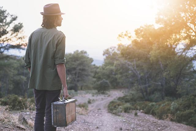 Переезд на постоянное место жительства. Что это такое и как оформить?