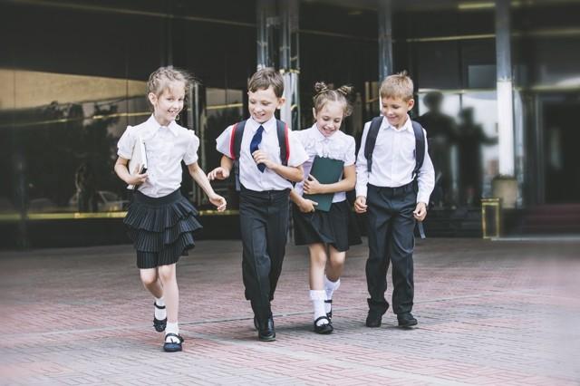 Как попасть в школу не по прописке: необходимые документы, сроки подачи заявления, очередность на поступление