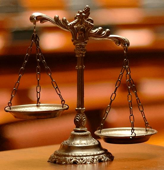 Отчуждение доли в квартире: нотариальная регистрация и право преимущественного выкупа совладельцев