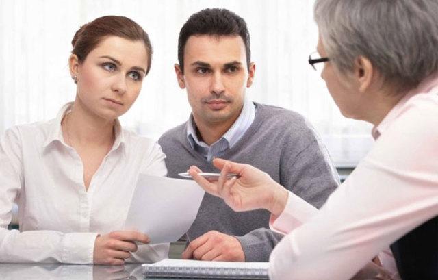 Продажа квартиры без согласия супруга: особенности сделки, необходимые документы и последствия